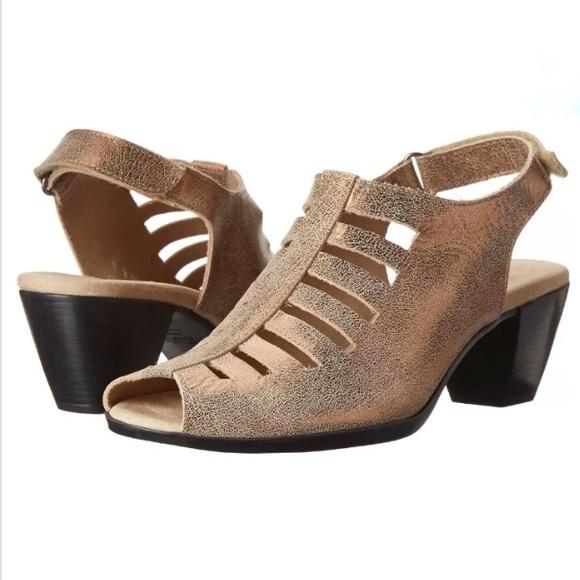 Munro Abby Metallic Gold Slingback Sandal Shoe